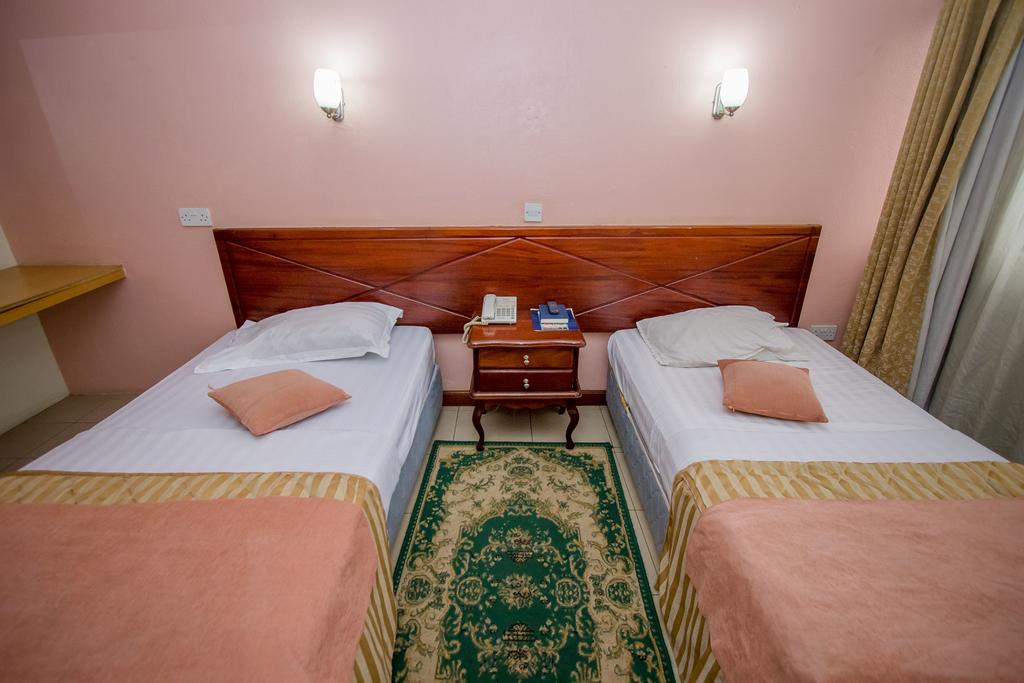 holiday express hotel double bed