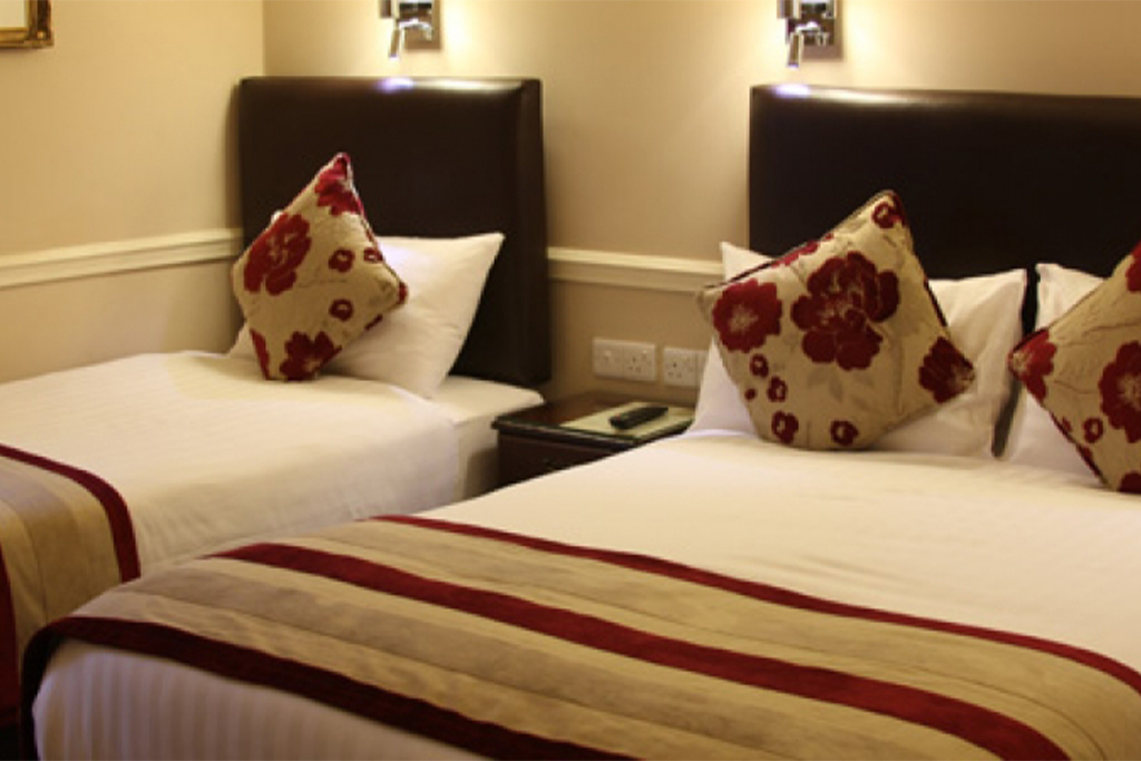 Accommodation services at Holiday Express Hotel